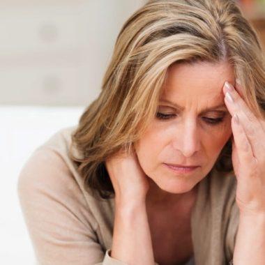 Симптомы выпадения узлов на разных стадиях геморроя