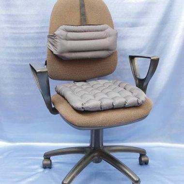 Специальная подушка на кресло